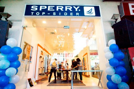 Facade of Sperry Top-Sider BHS (2)